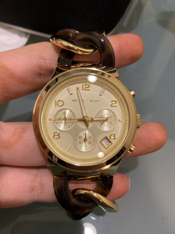 Brand New MK watch with additional links and box