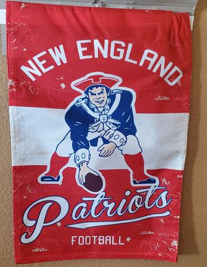 New England Partiots 2 Sided Throwback Indoor/Outdoor Flag measures approximately 1 1/2 ft by 1 ft for Sale in San Bernardino, CA