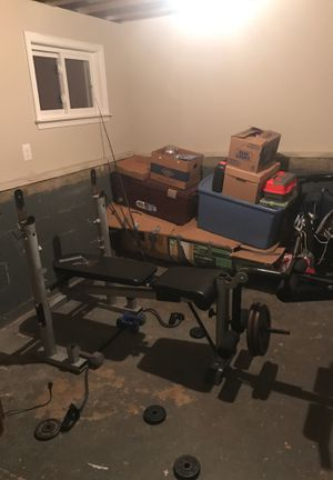 Body Vision Bench Press (WITH WEIGHTS) for Sale in Shamong, NJ