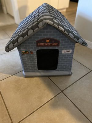 Cat house/small dog house for Sale in Coconut Creek, FL