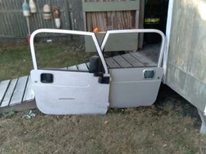 '05 Jeep Wrangler doors silver for Sale in Scituate, MA