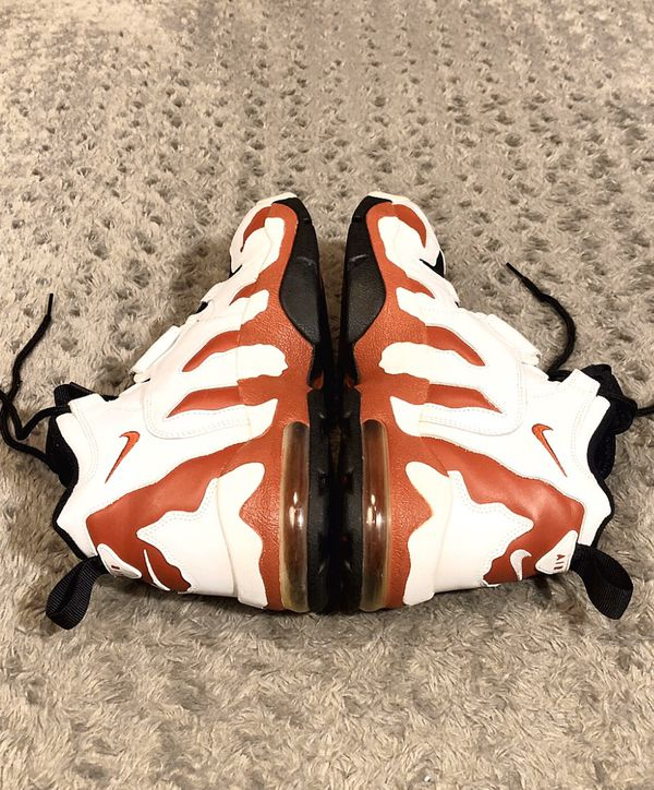 Nike Air DT Max 96 paid $158 Size 11 Like new! Deion Sanders Diamond Turf. Varsity Red absolutely no issues a little dust on back of shoe. Excellent