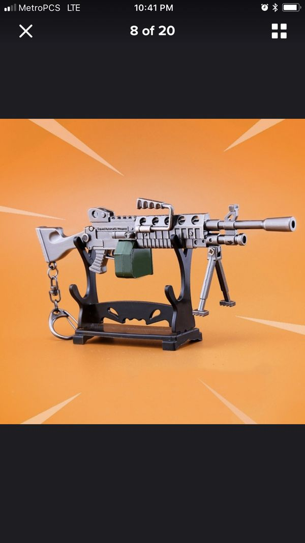Fortnite weapons, collectible toys/ keychains