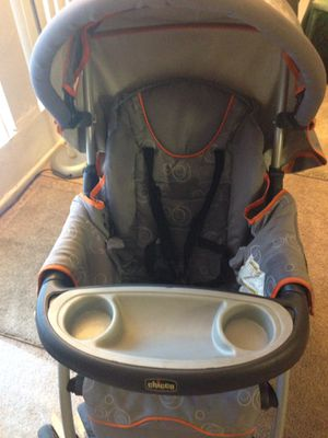 Chicco baby stroller for Sale in Riverside, CA