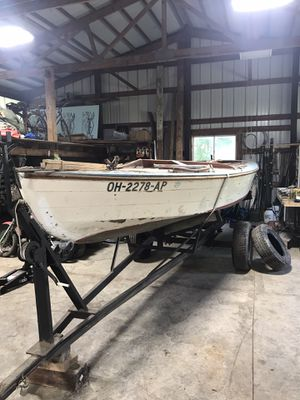 1940 18 foot Interlake Vintage Sailboat with trailer for Sale in Ravenna, OH