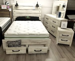 $779 FREE DELIVERY! BRAND NEW GREY WASH WHITE QUEEN BED FRAME DRESSER AND MIRROR for Sale in Oviedo, FL