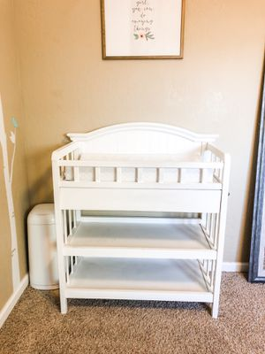 Changing Table & Diaper Pail for Sale in Fresno, CA
