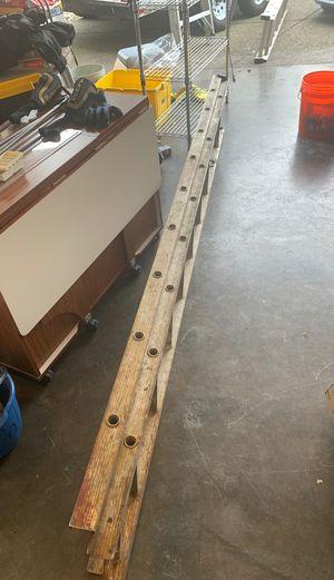 18ft aluminum ladder for Sale in Portland, OR