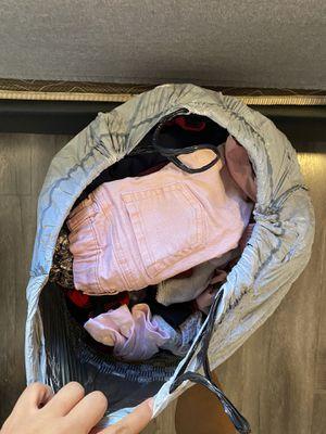 Big bag of baby clothes  Ropa de bebe 9m-2T (FREE) for Sale in Los Angeles, CA