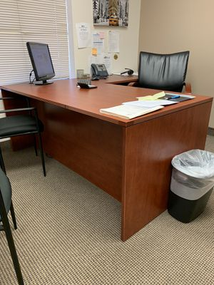 Executive Desk brand new for Sale in Fullerton, CA