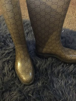 Authentic Gucci Rain Boots for Sale in Pittsburgh, PA