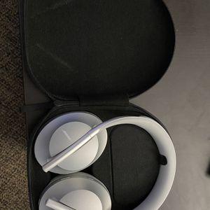 Bose Noise Canceling 700 Headphones for Sale in Riverside, CA