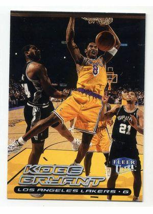 1999-2000 Fleer Ultra KOBE BRYANT Base BASKETBALL CARD Los Angeles Lakers #50 99 for Sale in Las Vegas, NV