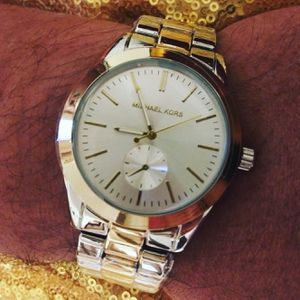 Watches, hair accessories and infant cuff with gingle bells for Sale in Springfield, MA
