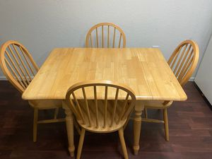 💥KITCHEN TABLE & 4 CHAIRS for Sale in Tarpon Springs, FL