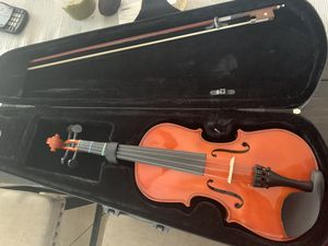 violin, comes with bow and rosin for Sale in Fullerton, CA