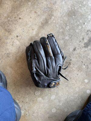 Mizuno baseball glove for Sale in Suisun City, CA