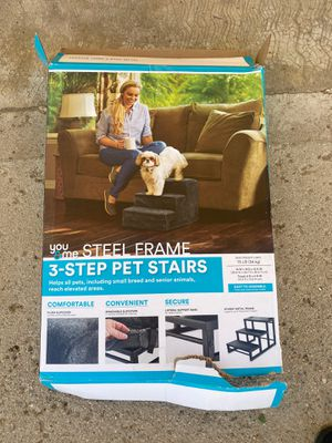 Steel Frame 3 step Pet Stairs for Sale in Hesperia, CA
