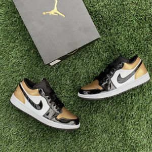 Jordan 1 Low Gold Toe for Sale in Las Vegas, NV