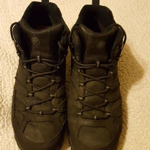 Merrells Like New Size 13wide Paid $149 Sell $40 for Sale in Butler, PA