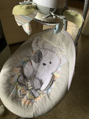 Fisher price 3 seat position swing for Sale in Long Beach, CA