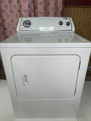 Dryer Gas Whirlpool for Sale in Chicago, IL