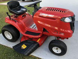 """Riding lawn mower, 42 """" for Sale in Miami, FL"""