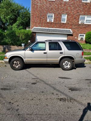 CHEVY BLAZER, GREAT TRUCK! for Sale in Elmwood Park, NJ