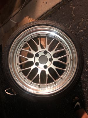Rims 18inch with tires for Sale in Fort Lauderdale, FL