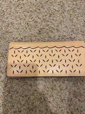 "FRYE Brand women's tan ""llana perfect slim"" genuine leather wallet for Sale in Fullerton, CA"