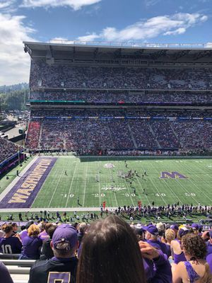 UW v. OR for Sale in Seattle, WA