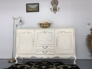 Antique buffet table for Sale in Richmond, TX