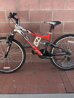 Mongoose Mountain Bike for Sale in Los Angeles,  CA