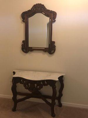 Consola: mesa con espejo for Sale in Winter Haven, FL