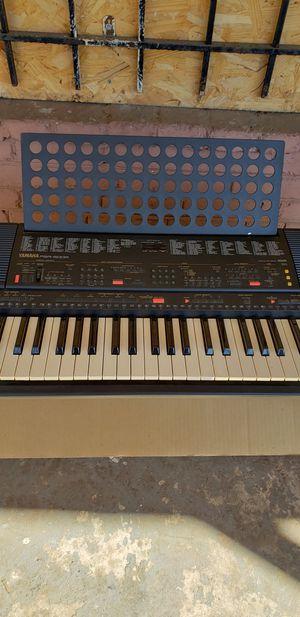 Yamaha PSR-500m Keyboard 61- Key GREAT CONDITION for Sale in Washington, DC