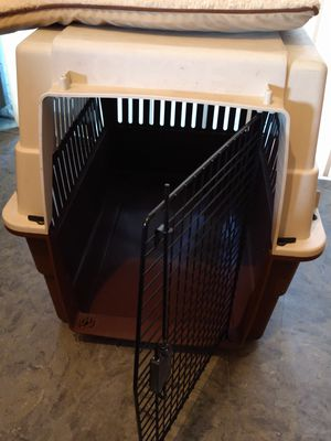 Large dog crate portable kennel with cushion mat 36 inches long 26 in wide 28 in tall for Sale in Rancho Cucamonga, CA