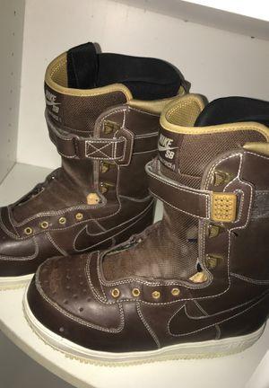 Nike SB Zoom Force 1 snowboarding boots for Sale in Wenatchee, WA