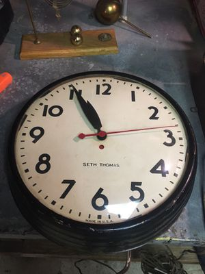 Vintage Seth Thomas wall clock. Needs repair for Sale in Jersey City, NJ