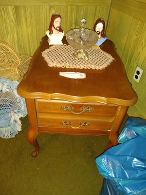 French Provincial End talbles for Sale in PA, US