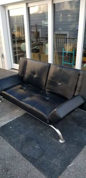 NICE futon black bed, couch for Sale in Bethesda, MD