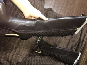 Brown heel boots for Sale in Dallas, TX