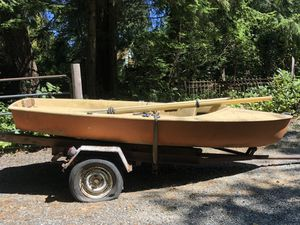Small sailboat (project) make offer for Sale in Puyallup, WA