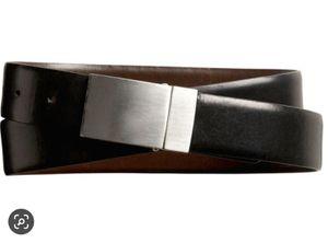 Banana Republic men leather reversible belt new size 30 for Sale in Garden Grove, CA