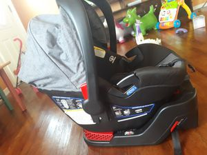 Britax be safe 35 car seat for Sale in Dallas, TX