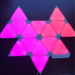 Nanoleaf Mini Triangle Kit + Mini Triangle Expansion Pack for Sale in Caldwell,  ID