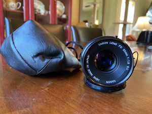 Canon manual 50mm 1.8 mint with caps and bag!! for Sale in Nashville, TN