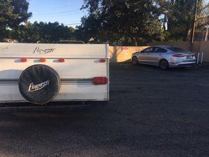 2000 Traila camper camper 13 feet long 16 feet for Sale in Los Angeles, CA