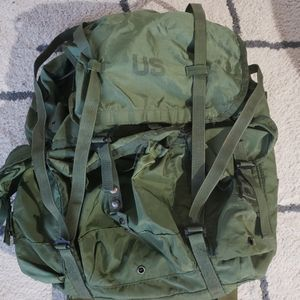 U.S. combat Backpack for Sale in Seattle, WA