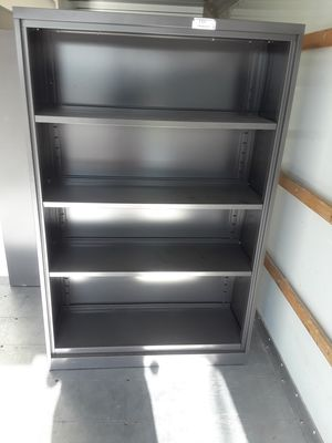 Metal shelves lateral for Sale in Houston, TX