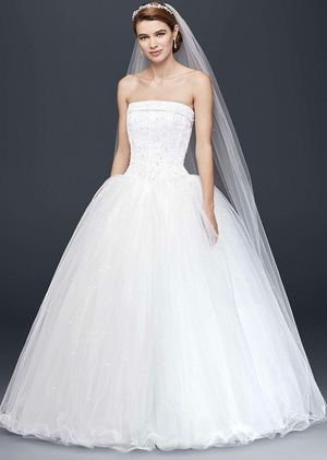 Ball Gown Wedding Dress for Sale in Fort Myers, FL
